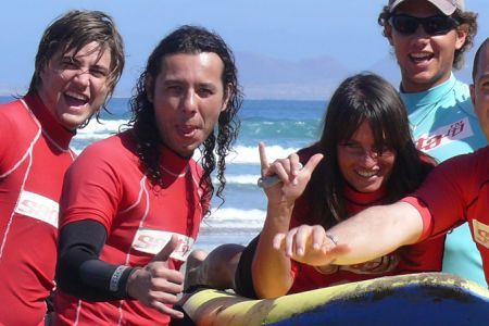 SPECIAL OFFER LANZAROTE SURF CAMP BEGINNER